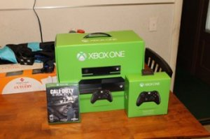 Microsoft Xbox One 500 GB Black Console and accessories